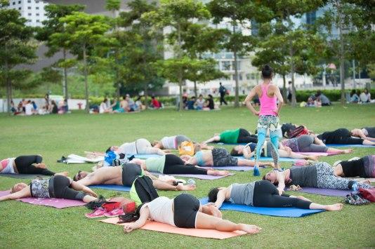 20150502 - Cora Tamar Park Yoga II - 1003