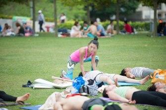 20150502 - Cora Tamar Park Yoga II - 1007