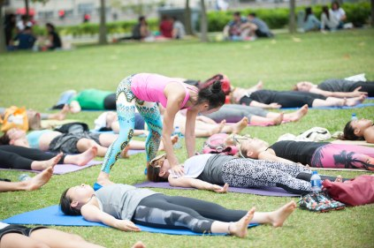 20150502 - Cora Tamar Park Yoga II - 1014