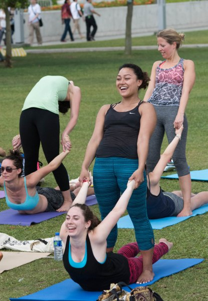 20150502 - Cora Tamar Park Yoga II - 358