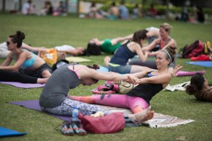 20150502 - Cora Tamar Park Yoga II - 409