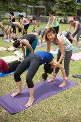 20150502 - Cora Tamar Park Yoga II - 509