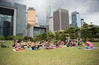 20150502 - Cora Tamar Park Yoga II - 539