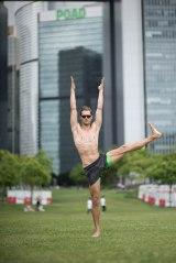 20150502 - Cora Tamar Park Yoga II - 661