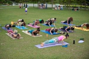 20150502 - Cora Tamar Park Yoga II - 814