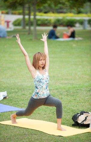 20150502 - Cora Tamar Park Yoga II - 857