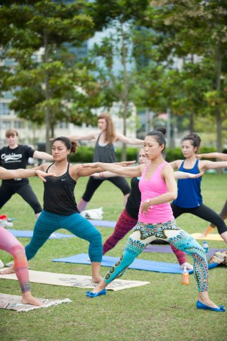 20150502 - Cora Tamar Park Yoga II - 873