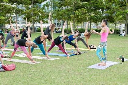 20150502 - Cora Tamar Park Yoga II - 902