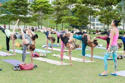 20150502 - Cora Tamar Park Yoga II - 930