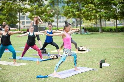 20150502 - Cora Tamar Park Yoga II - 960