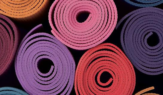 10882_yoga mat assortment rolled